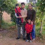 Robe et sa famille, chez qui nous plantons la tente