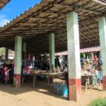 Au marché d'un petit village
