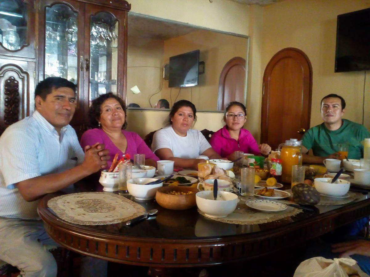 Arturo, Fanny, Midori, Lola, Arturo jr