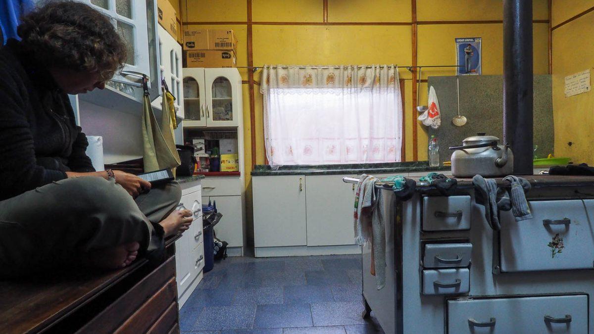 Dans la cuisine des bomberos de Neltume